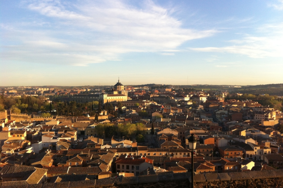 Why I run when I travel | Travel Guide | Toledo Spain | Girl with a saddle bag blog