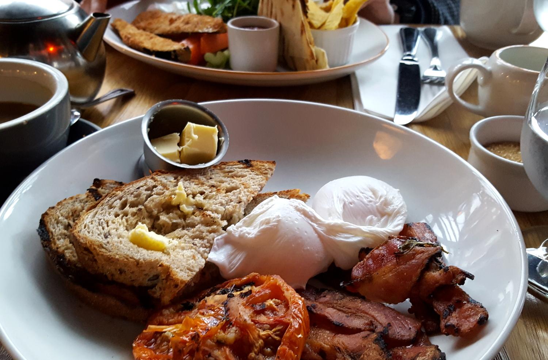 Breakfast at The Woolen Mills, Dublin