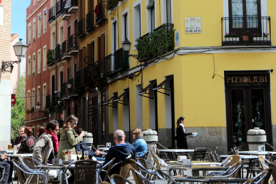 Eating your way around Madrid, Spain: A guide | Travel guide | Girl with a saddle bag blog