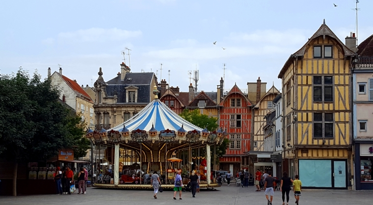 Place Marechal Foch, Troyes, France