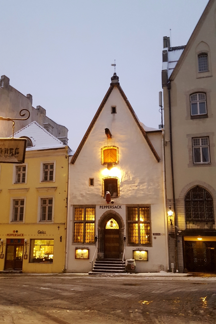 Peppersack restaurant in Tallinn's old town | Travel guide | City guide | Girl with a saddle bag blog